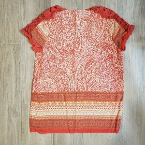 alfash seate Tops - Beautiful orange and white crocheted shoulder.